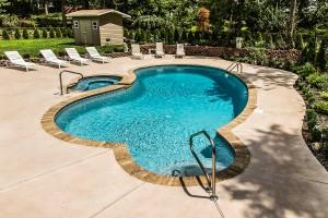 100-Pool&Spa