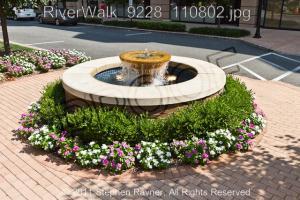 RiverWalk 9228 110802